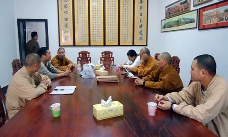 南岳佛教协会七届十三次会长会议在祝圣寺召开