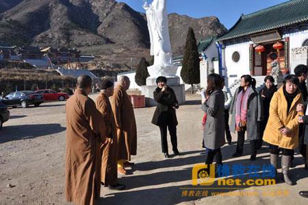 辽宁省抚顺市宗教局局长一行参访绥中县佛光山普济寺