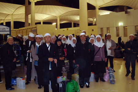 中国哈吉启程回国佛教在线讯 2007年12月21日,中国哈吉平...